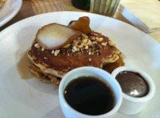 Merchants Guild: buckwheat pancakes with grilled pear, chocolate fudge, hazelnuts & whiskey maple syrup