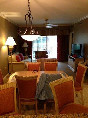 Bellasera Resort: Living Room