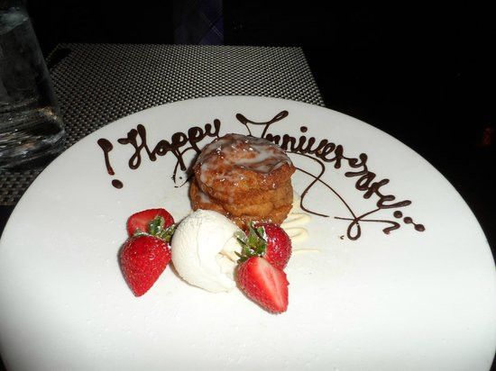 Brandywine Prime Seafood & Chops: Sticky bun bread pudding dessert- delicious!