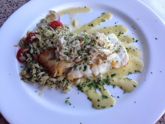 Marina Cafe: Pan Seared yellow grouper with lump crabmeat! So unbelievably good!
