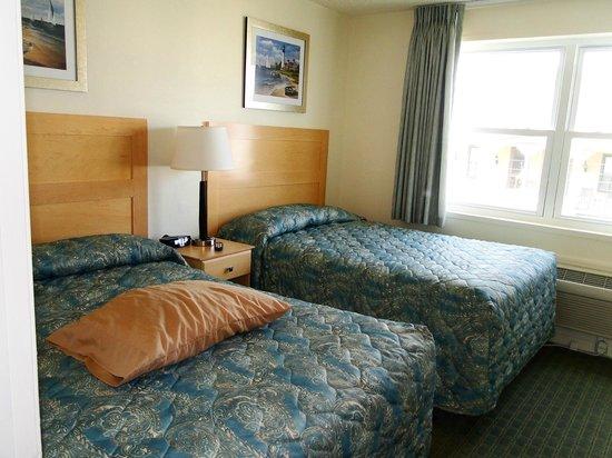 Camelot Motel: Bedroom