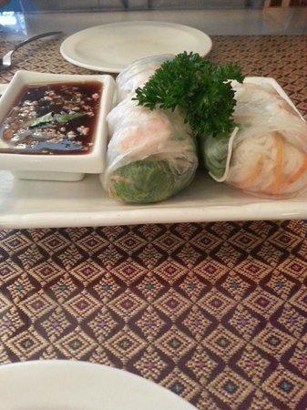 Thai Taste Restaurant: Unfried Spring Roll