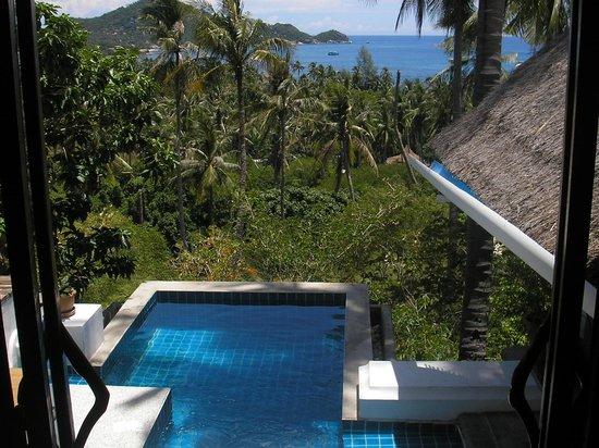 Anankhira Villas: View over pool from bedroom door