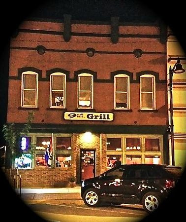 9th St. Grill: Front of Building