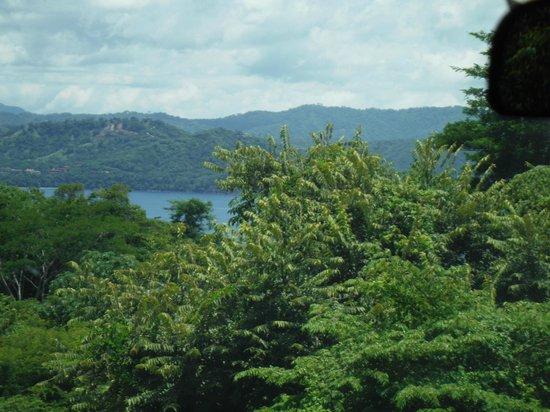 Four Seasons Resort Costa Rica at Peninsula Papagayo: view coming in