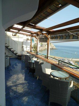 Holidays Baia D'Amalfi: The Breakfast balcony