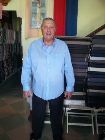 Duc Minh Tailor : australian customer try on his pant and casual long sleeve shirt