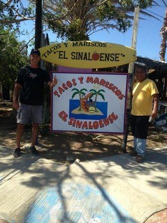 Tacos Y Mariscos El Sinaloense: Honcho and Jose