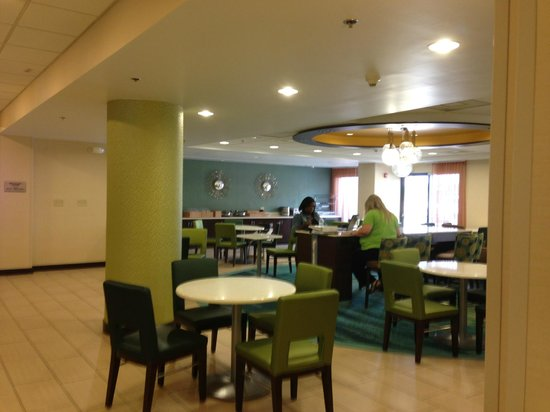 Springhill Suites Houston Medical Center/ NRG Park : Dining