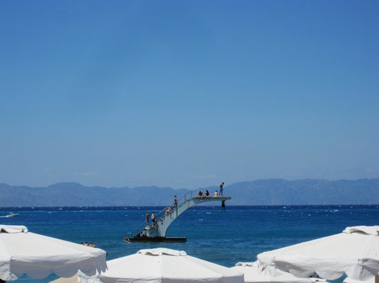 Moschos Hotel : the beach 10 mins away