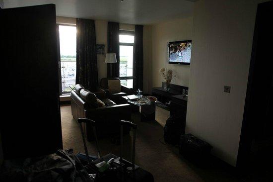 Carlton Hotel Dublin Airport: living room