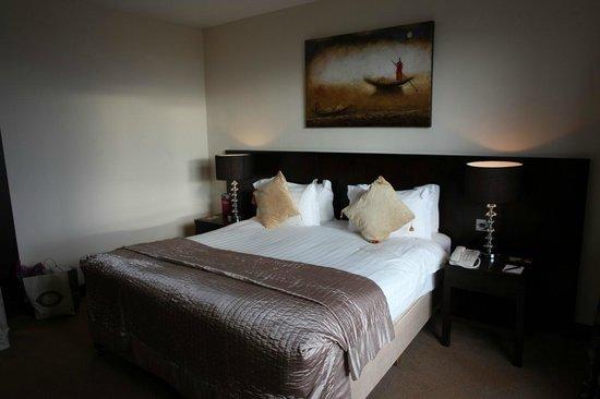 Carlton Hotel Dublin Airport: bedroom