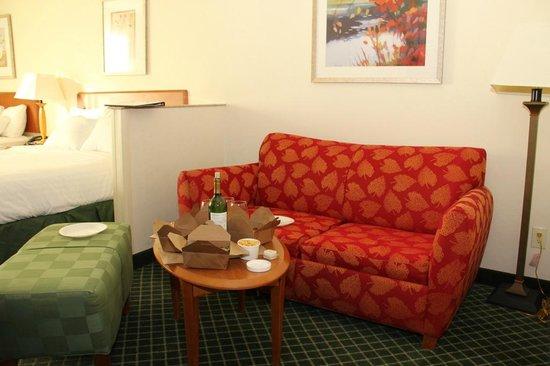 Fairfield Inn & Suites Fairfield Napa Valley Area : Room