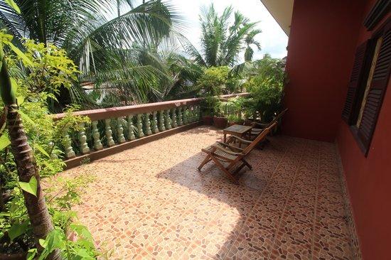 Alliance Villa: balcony