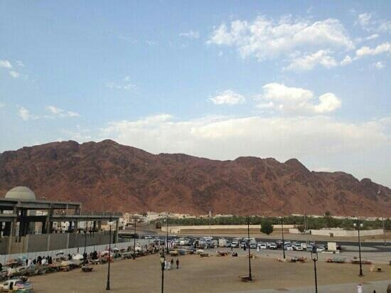 Mount Uhud: جبل احد