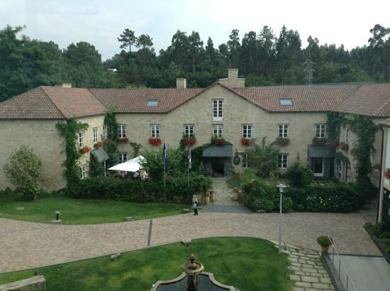 Hotel Spa Relais & Chateaux A Quinta da Auga: Vista da Entrada do Hotel
