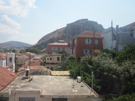 Kapodistrias: Θέα από το μπαλκόνι