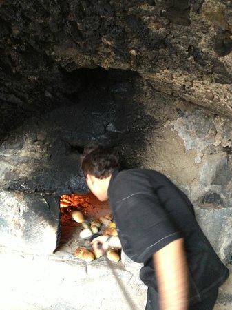 Hotel Pfoesl: Cuisson du pain