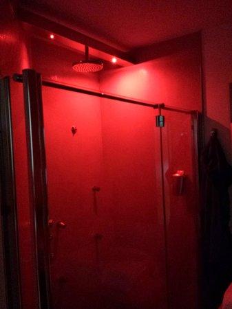 Hotel Scoiattolo : la doccia