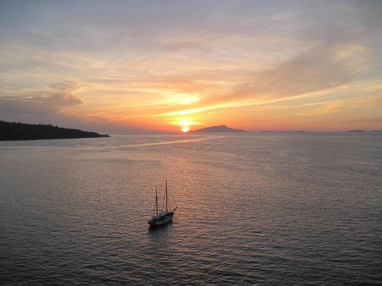 Hotel Corallo Sorrento: View from room at sun set