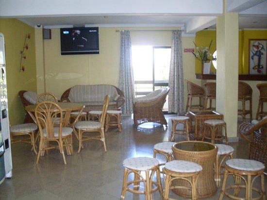 Mirachoro Sol: Sala de estar do hotel