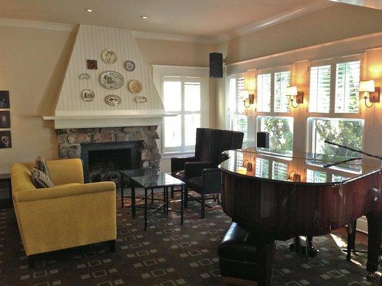 Wine & Roses Hotel : Lobby