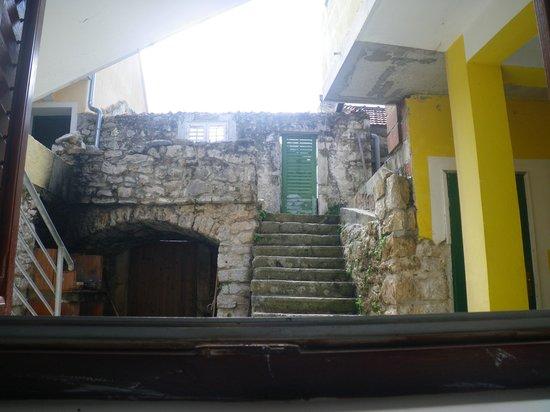Apartmani Melita: vista dalla stanza da letto