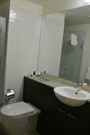 Blue Horizon Resort Apartments: Bathroom
