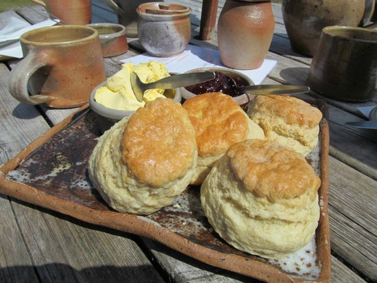 Powdermills Pottery: Delicious cream tea on home made pottery