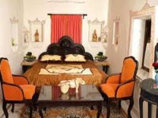Shree Jagdish Mahal Heritage Hotel (Nagarseti Ri Haveli): luxury room