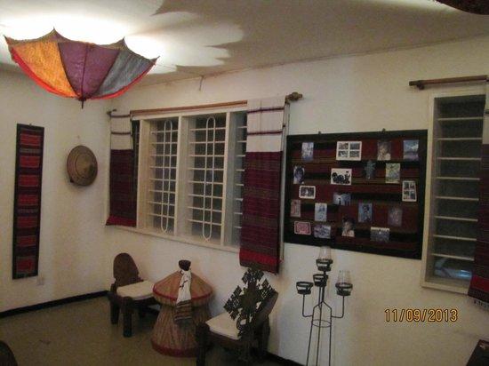 Addis in Dar : Inside