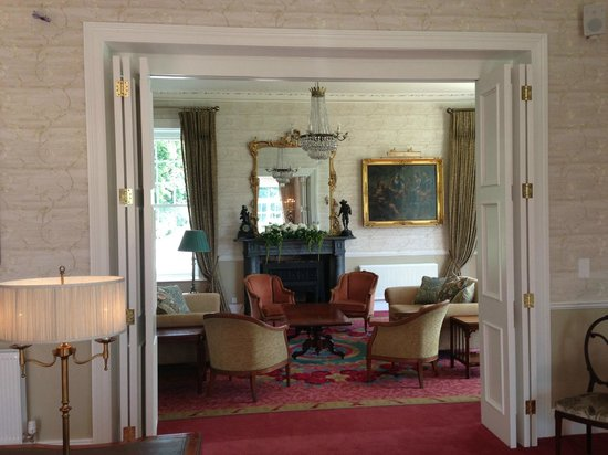 Bellingham Castle: I love love love their lounges!