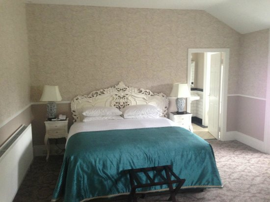 Bellingham Castle: Bedroom