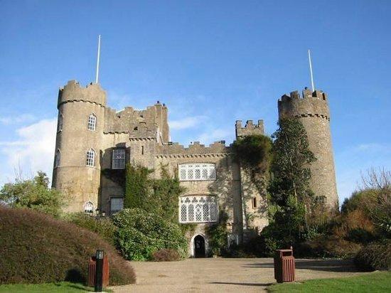 Gray Line Dublin : Malahide Castle