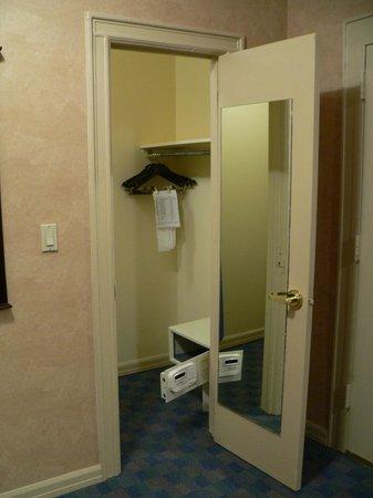 Ramada Jersey City: walk-in closet  seen from living area - nice big mirror!