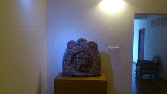 Tissa's Inn : Idol - interior decoration