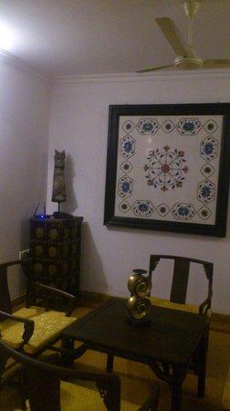Tissa's Inn: Interior decoration