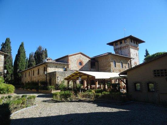 Hotel La Collegiata: View of outside dinning
