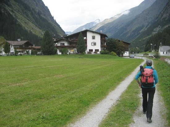 Gletscher-Landhaus Brunnenkogel: Hotel location
