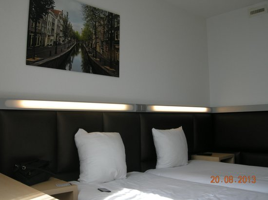 Hotel Casa: всюду интересные подсветки