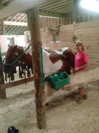 Wampee Stables : My Trial Guide with her beautiful horse, Remington