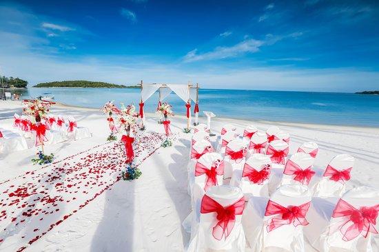 Sareeraya Villas & Suites: Sareeraya set up for our amazing wedding!