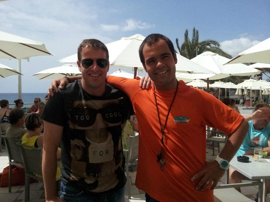 Dunas Don Gregory: CON ALEX EL ANIMADOR