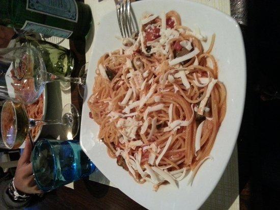 Il Guscio: spaghetti alla norma