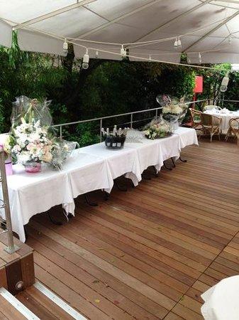 Sa nouvelle terrasse en bois foto van villa9trois montreuil tripadvisor - Foto terrasse bois ...