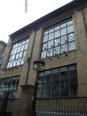 The Glasgow School of Art: the huge windows of the working spaces
