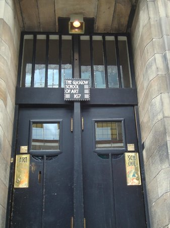 The Glasgow School of Art: the beautiful main entrance
