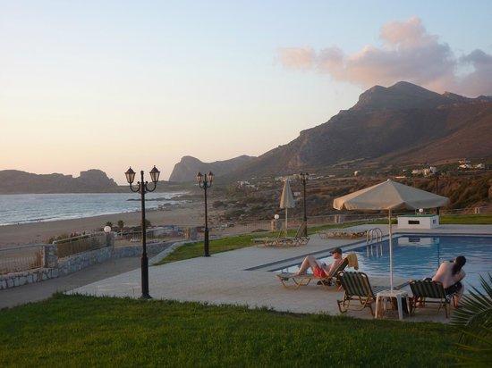 Panorama Hotel : la piscina