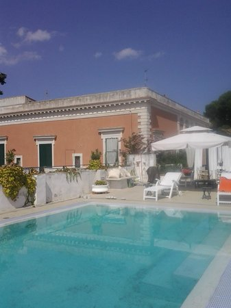 Villa Casadangelo : Esterno con piscina