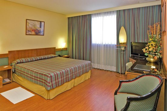 Hotel carlton rioja from 66 updated 2016 reviews - Bed and breakfast logrono ...
